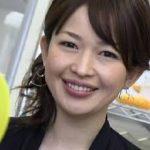 松丸友紀アナ(テレビ東京)のカップ画像と放送事故がかわいい!結婚した旦那と子供は?